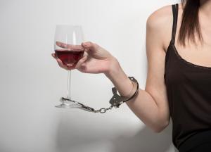 Кодирование женщины от алкоголизма